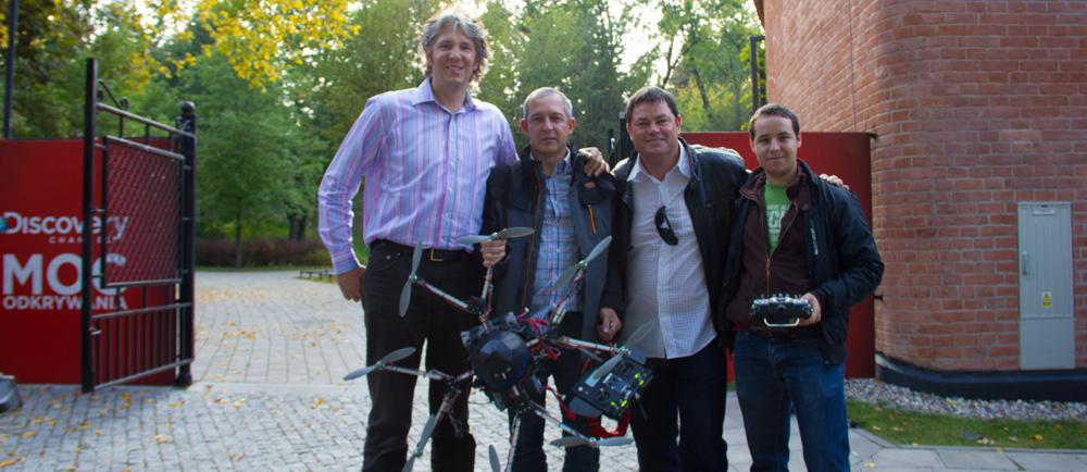 Oktokopter, Discovery 2012, zupełnie przypadkowe spotkanie, podczas zderzenia dwóch różnych produkcji w jednym miejscu :)